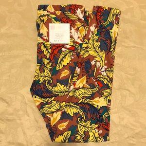 Lularoe leggings maroon multicolored leaves TC